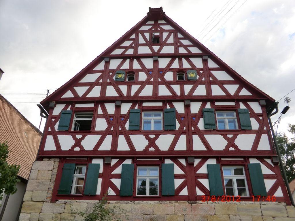 Haus_Nr_25_Wirtshaus_e